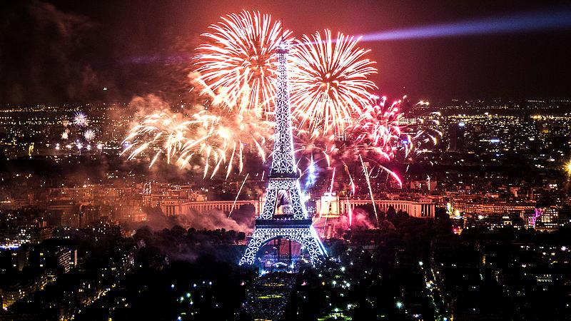 Мечта! Мечта! Мечта! Встретить Новый год под Эйфелевой башней